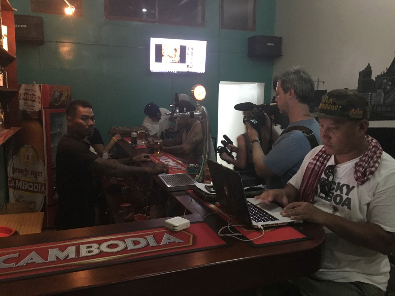GlobalBeat - Ben Dalton filming in Phnom Penh, Cambodia with deportees from the US