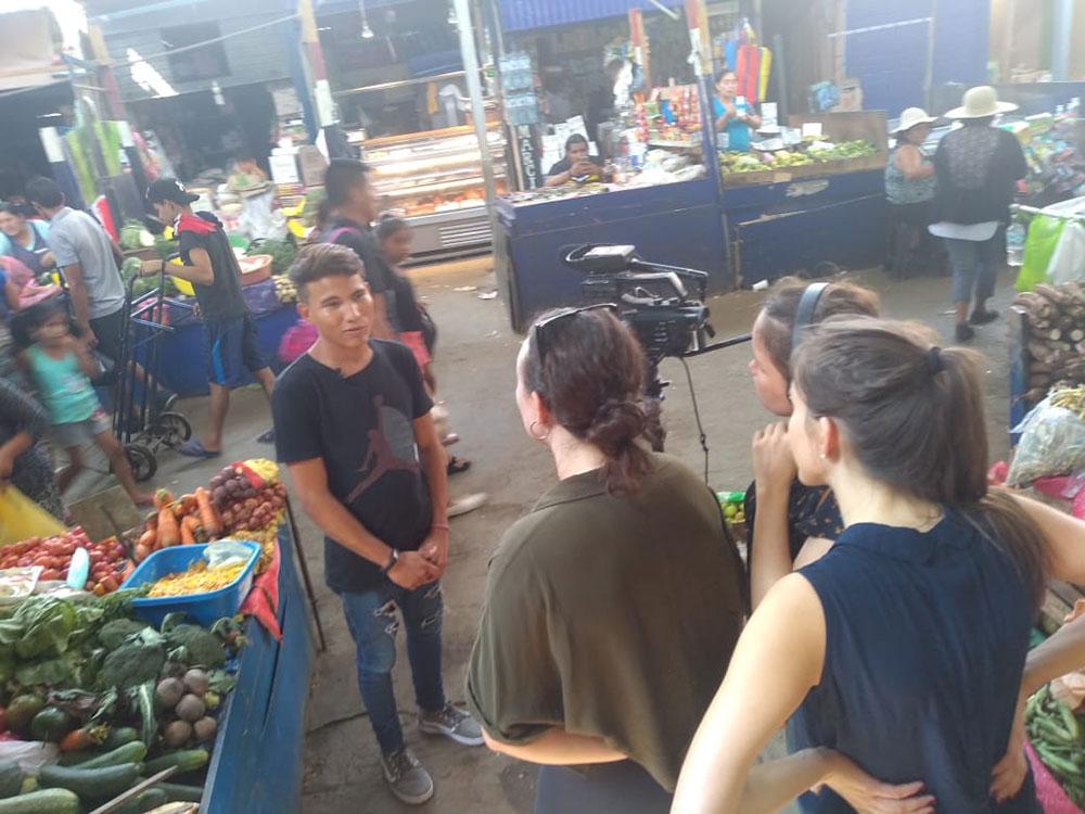 Opheli Garcia Lawler, Laura Zéphirin and Kathleen Taylor interview Venezuelan migrant in San Juan de Lurigancho, Peru
