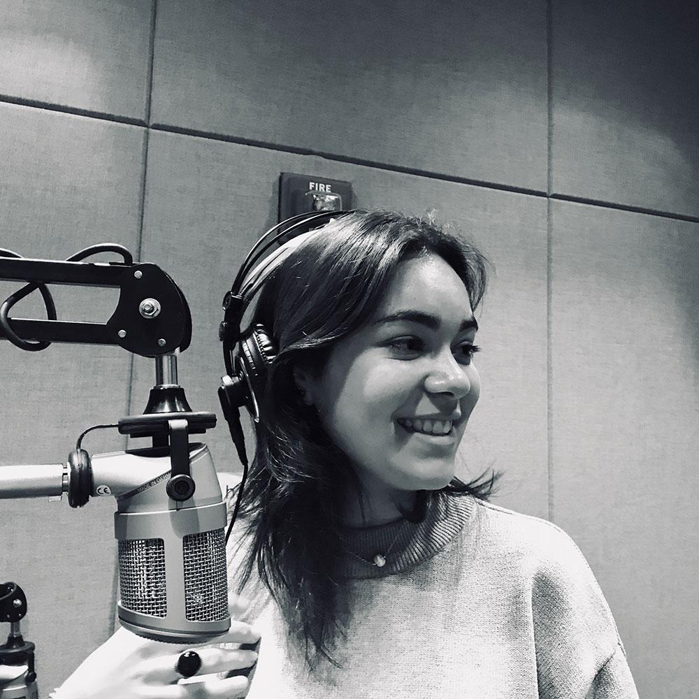 Rosamaria Diaz in audio booth
